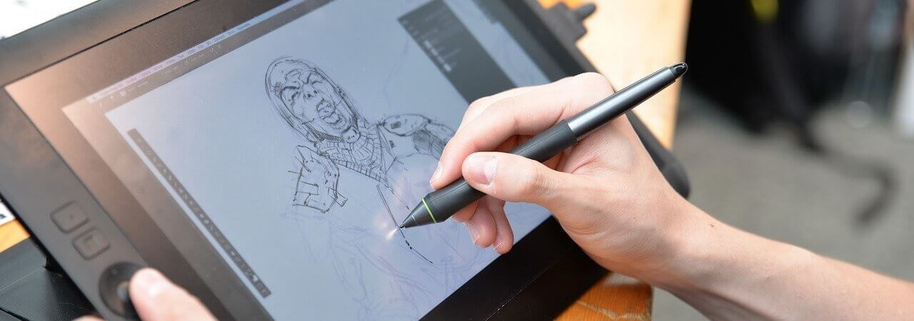 Compare Huion 1060 Plus vs Wacom Intuos Pro Medium side by