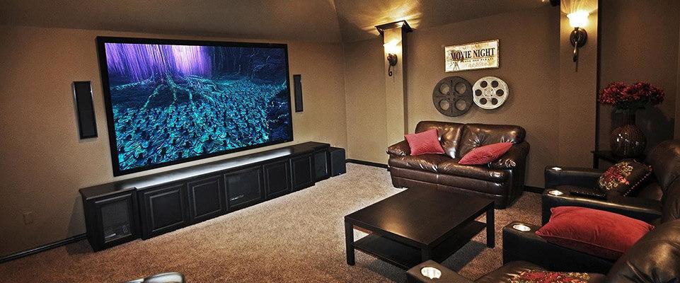Epson Home Cinema 3700 vs Epson Home Cinema 5040UB